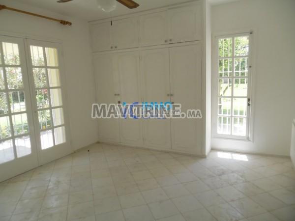 Villa pour activité bureau à louer située à Souissi