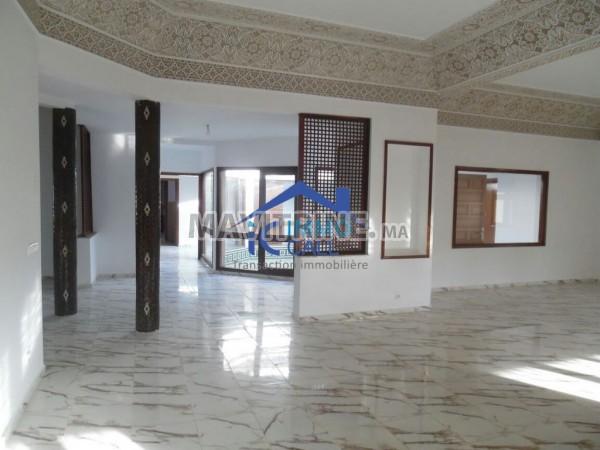 Villa professionnelle en location située à Souissi