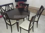 Photo de l'annonce: Table à manger