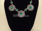 Photo de l'annonce: colliers arabesque à vendre