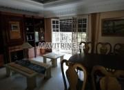 Photo de l'annonce: Villa meublée de trois niveaux très bien située