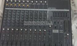 Table de mixage yamaha amplifiée pour vendre