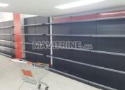 Photo de l'annonce: rayonnages supermarché dispo