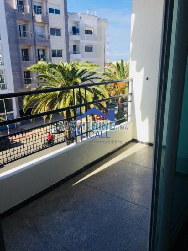 Très jolie appartement 2ème étage à l'Agdal