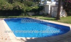 A louer  villa avec piscine au quartier souissi à Rabat