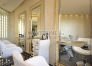 Photo de l'annonce: spa salon de coiffure équipé en location