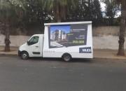 Photo de l'annonce: faire des publicités sur des camion du publicitaire
