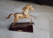 Photo de l'annonce: Décoration cheval plaqué or 24 kara