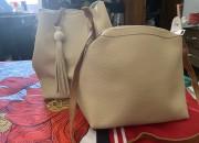 Photo de l'annonce: sac à main deux pièces de couleur beige