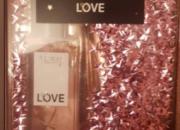 Photo de l'annonce: PAC VICTORIA SECRET Parfum + crème