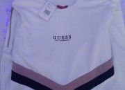 Photo de l'annonce: Robe Guess sweatshirt