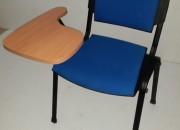 Photo de l'annonce: Chaise avec écritoire